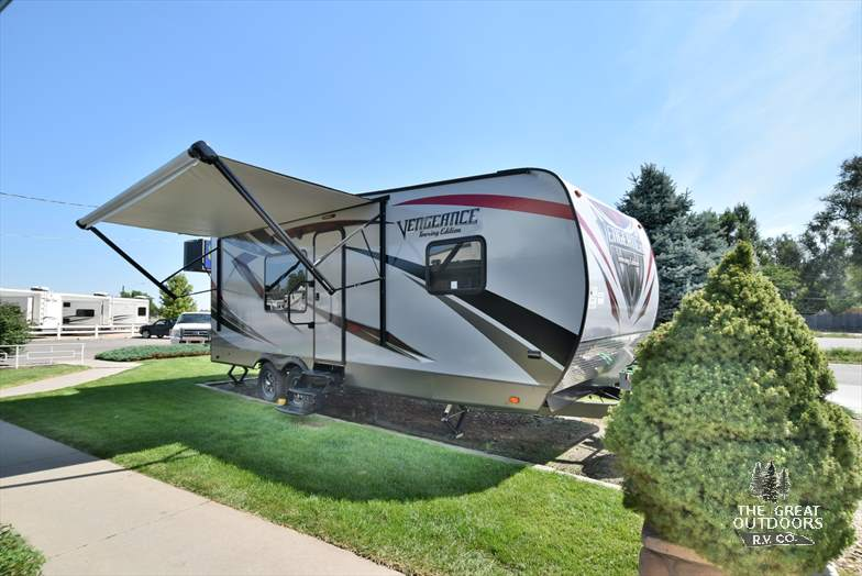 2017 Vengeance 23FB13 front cap awning