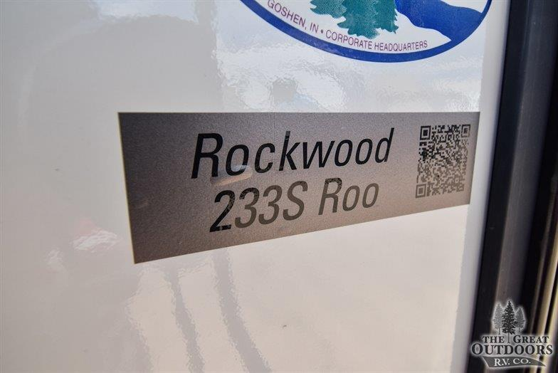 Image of the Roo 233S