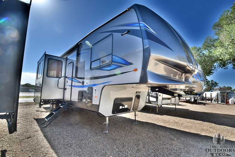 The Great Outdoors RV V143-2018-Forest-River-Vengeance-314A12 Front passengers side exterior w/slide out