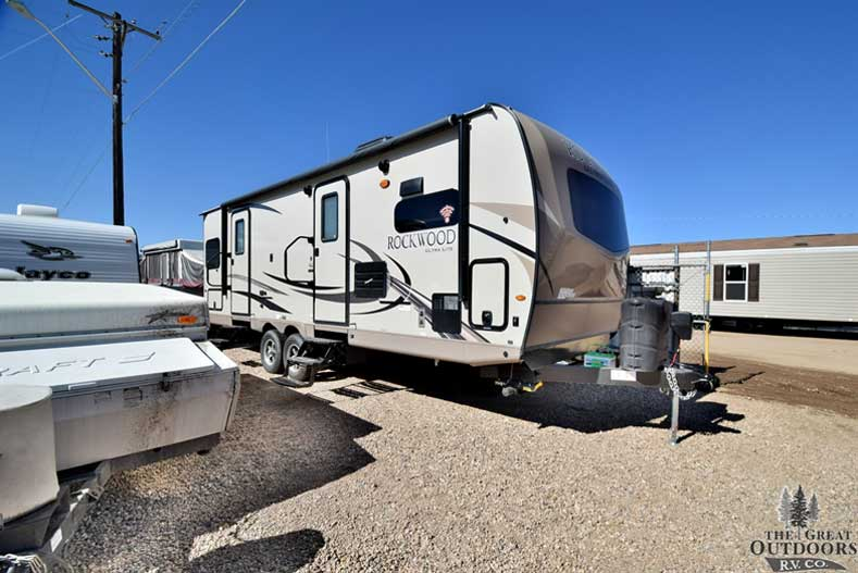 The Great Outdoors RV R1255- 2018-Forest-River-Rockwood-2608SB Front passengers side exterior